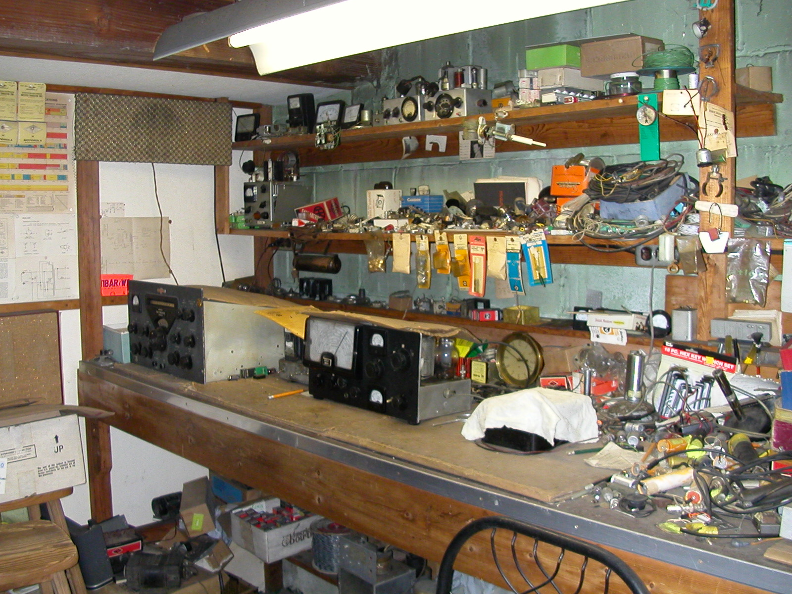 Cairo hackerspace makerspaces pinterest for Small basement workshop ideas